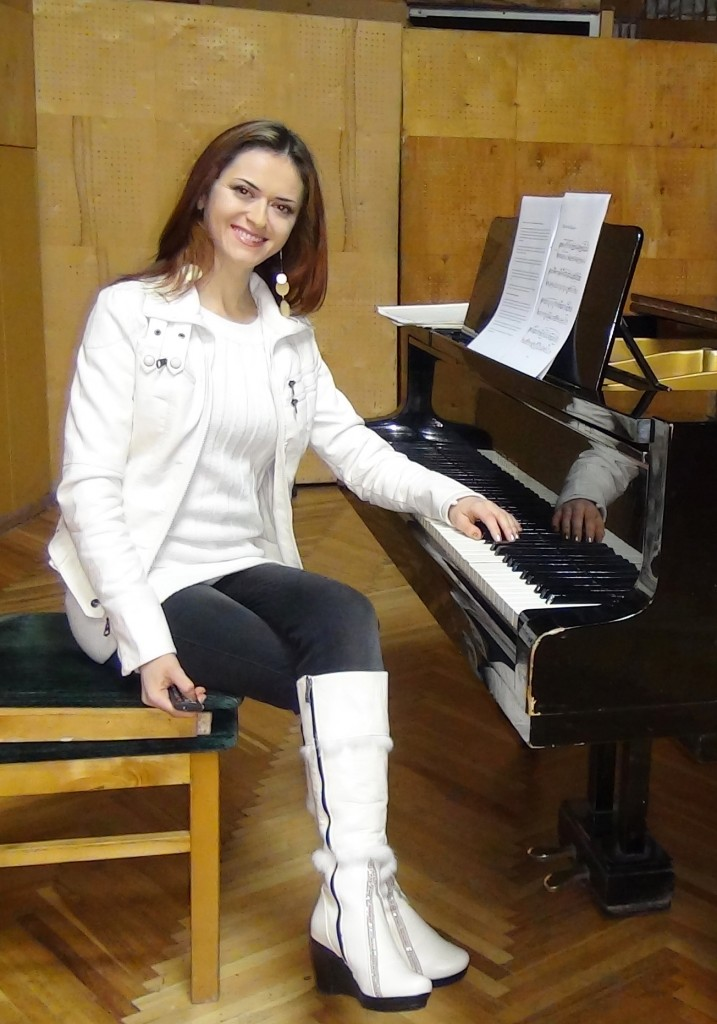 Ilinca Vartic - using the piano pedals depending on the style of the composer