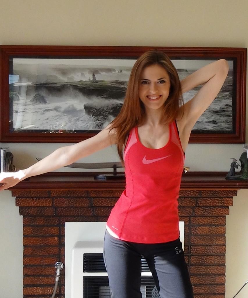 Ilinca Vartic - Wrist, Arm & Shoulder Warm-Up for Pianists